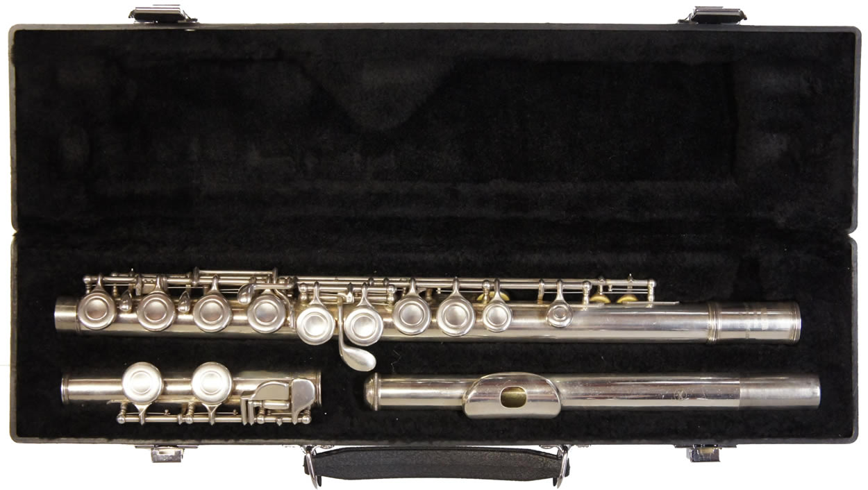Second hand yamaha 211s flute for Yamaha yfl225s flute sale